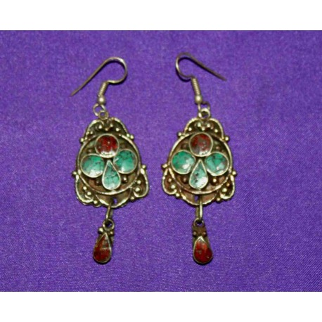 Handmade Earrings in White Metal from Nepal