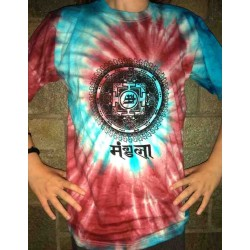T-shirt painted with tie dye technic from India