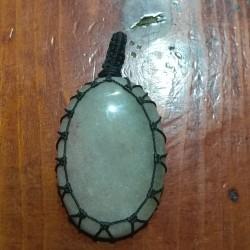 Agate makrame pendant