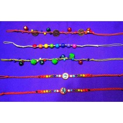 Anklet made of Waxthread and Beads